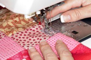 mantenimiento de tu máquina de coser aguja mundocosturas