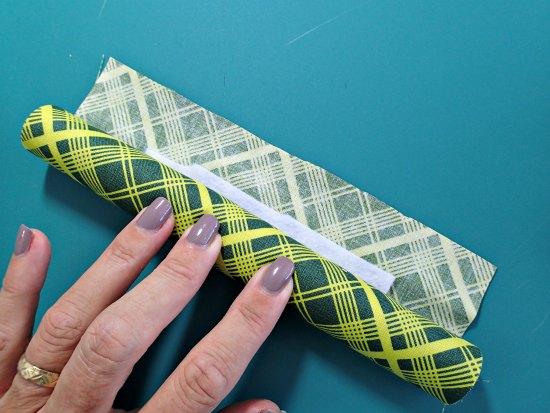 Coser una almohadilla antideslizante rodillo