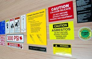 carteles aviso